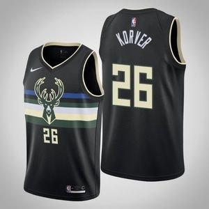 Kyle Korver Milwaukee Bucks Jersey